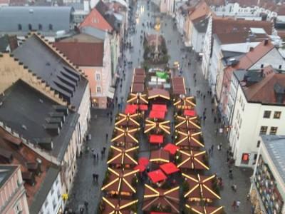 Weihnachtszeit und 63m über dem Christkindlmarkt