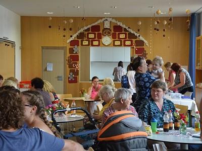 Regenschauer im Märchenland - Applaus für Dschungeltheater